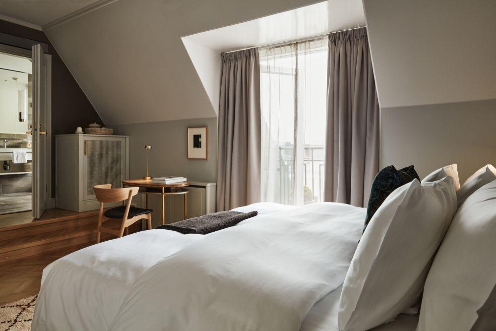 Hotel St. George parvekkeelliset Atelier-huoneista on upeat maisemat Helsingin ylle