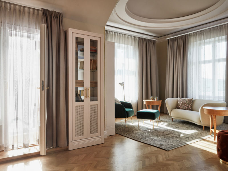 The Coupole Suite is a spectacular corner suite in Helsinki's Hotel St. George