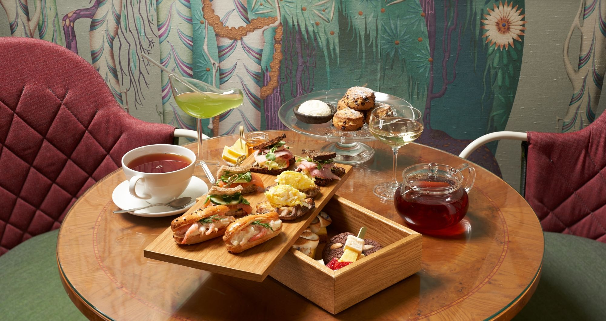 Tea Moments - enjoy Afternoon Tea in Wintergarden, Helsinki's most beautiful living room.