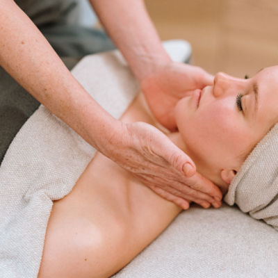 What is lymphatic therapy and why you should try it